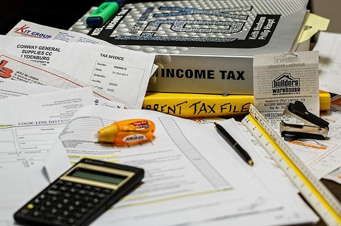 個人事業者とは異なる、  法人が直面する税金の課税対象の計算とその税額計算